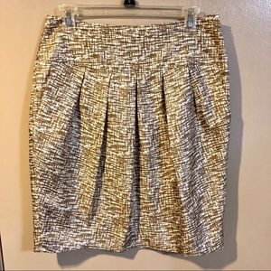 Banana Republic Silk Pleated Brown Tan Skirt - EUC